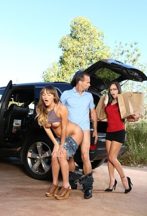 Mom i`d like to fuck catches husband fucking her young-looking stepdaughter right behind her car