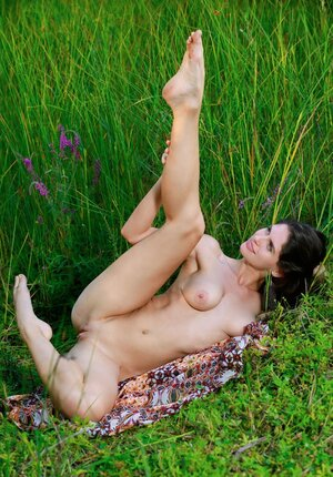 Chick craves for sex and additionally not to waste time she goes to the field and additionally strips